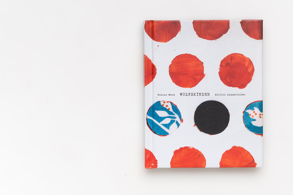 FabianWeiss-Tearsheet-1310-BOOK-Wolfskinder-01.jpg