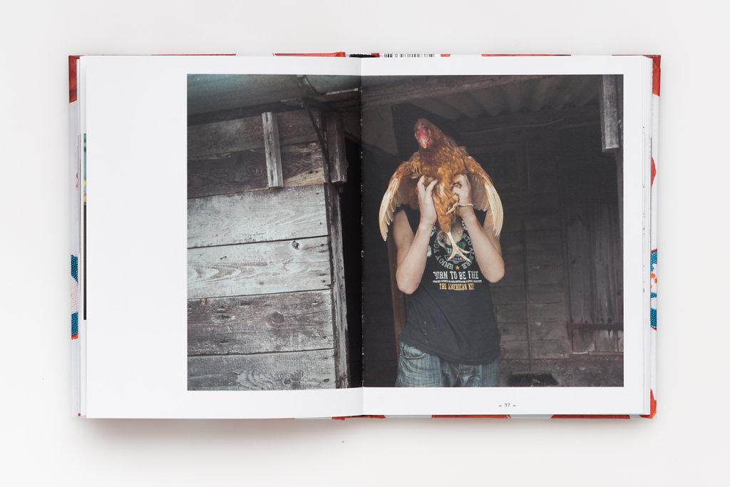 FabianWeiss-Tearsheet-1310-BOOK-Wolfskinder-17.jpg